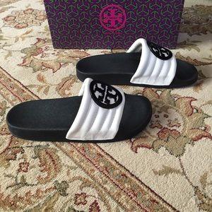 e4b06fbeb2f Tory Burch Shoes - Tory Burch Lina Quilted Logo Slide Sandal New
